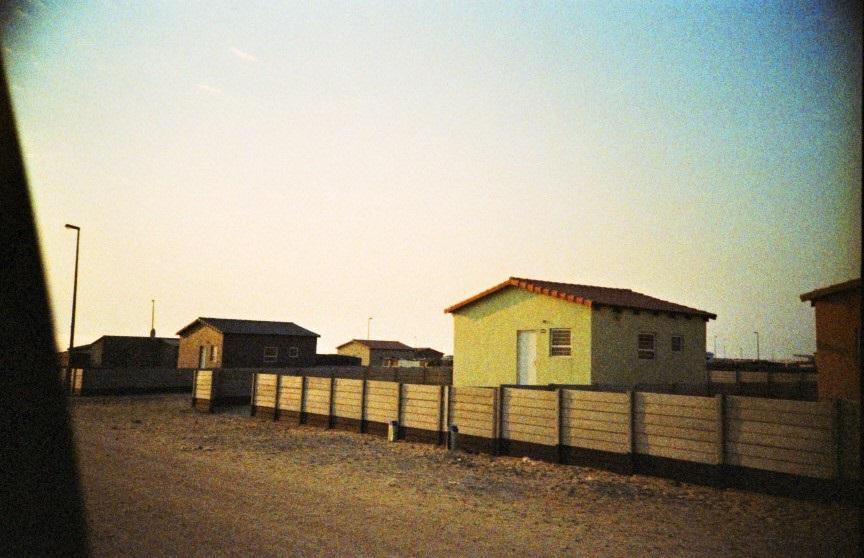 Steinhäuser im Township von Swakopmund