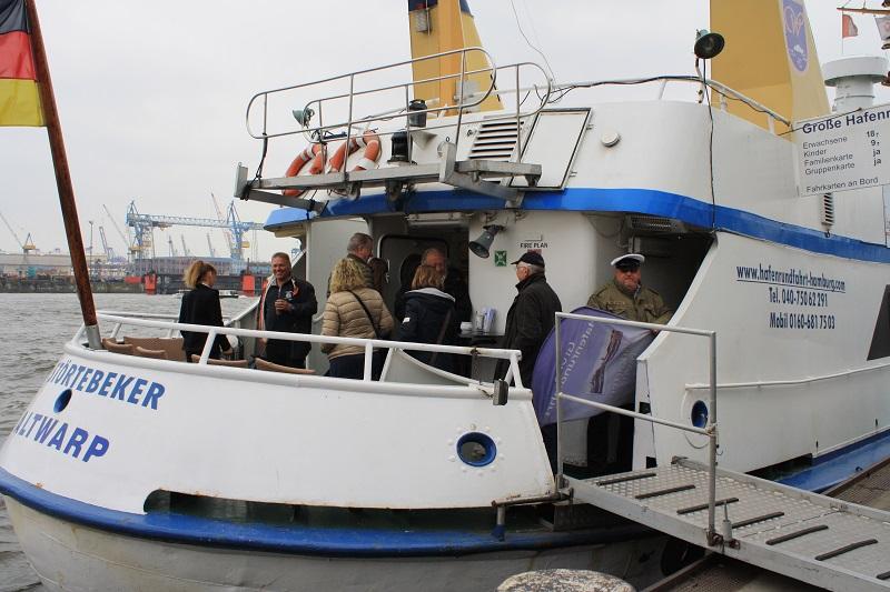 Kapitän Hamburger Hafen