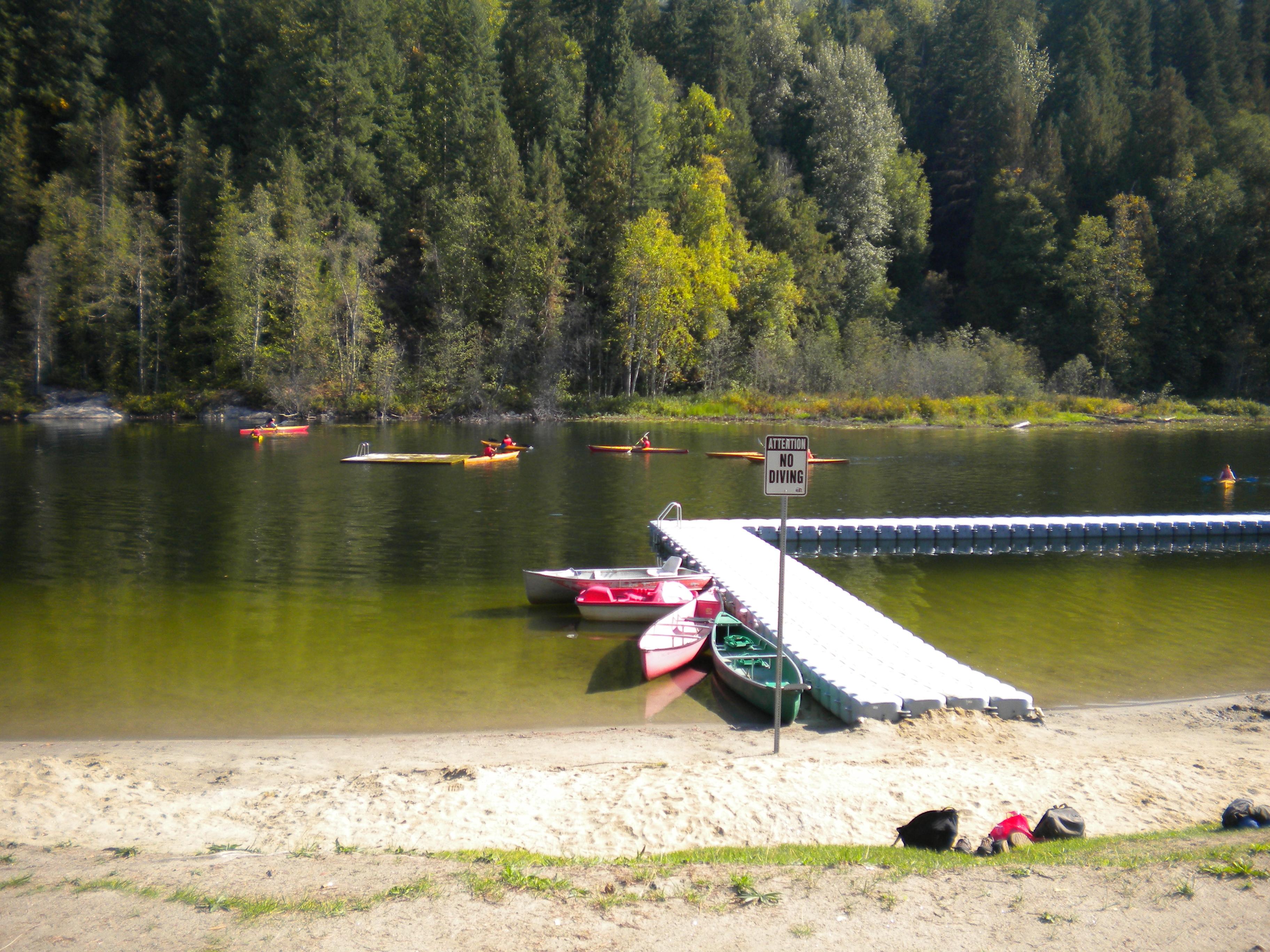 Revelstoke See baden Kanada