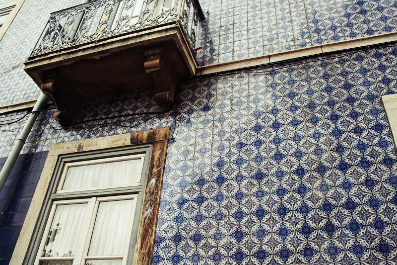 Straßenszene Lissabon, Fliesen Lissabon