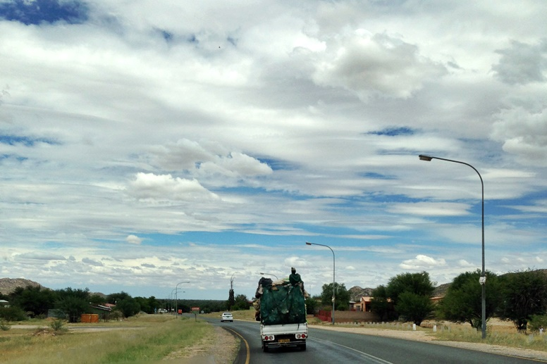 Typische Straßenszene in Namibia