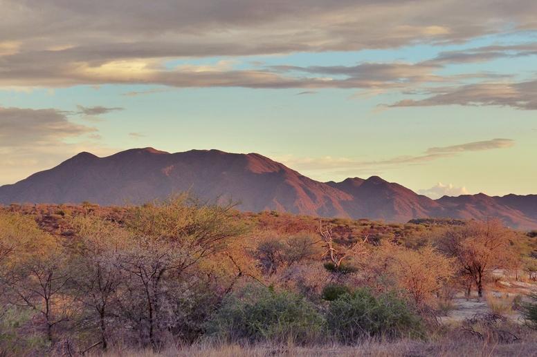 Sonnenuntergang im Erongo Gebirge