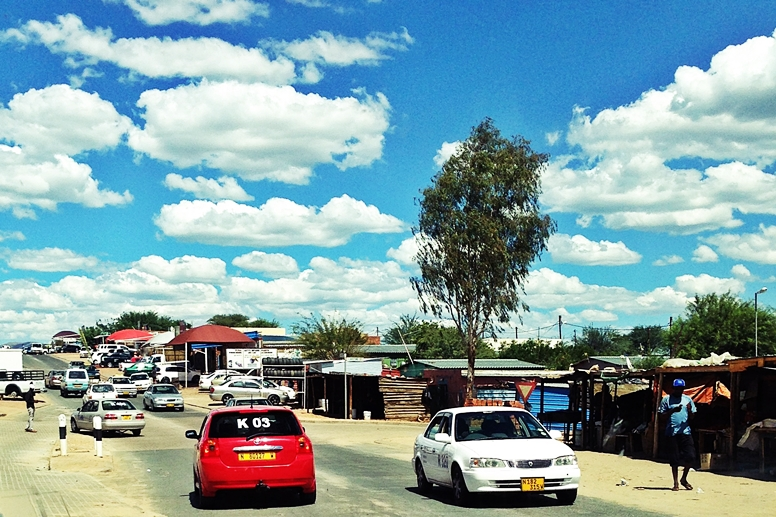 Straßenverkehr in Namibias Hauptstadt Windhoek