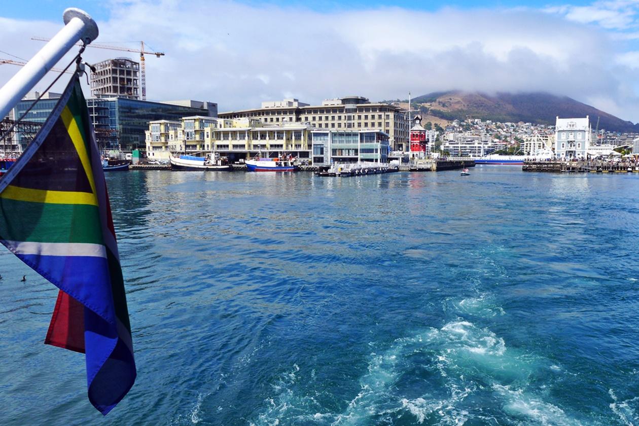 Abfahrt aus dem Hafen nach Robben Island