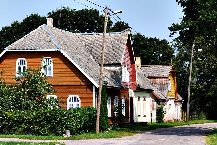 Häuser der Zwiebelrussen am Peipus See in Estland
