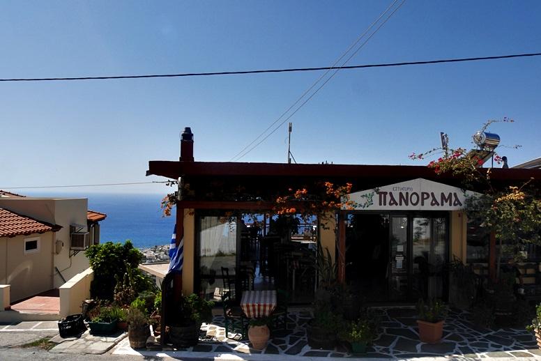 Wandern auf Kreta: Taverne in Mirthios