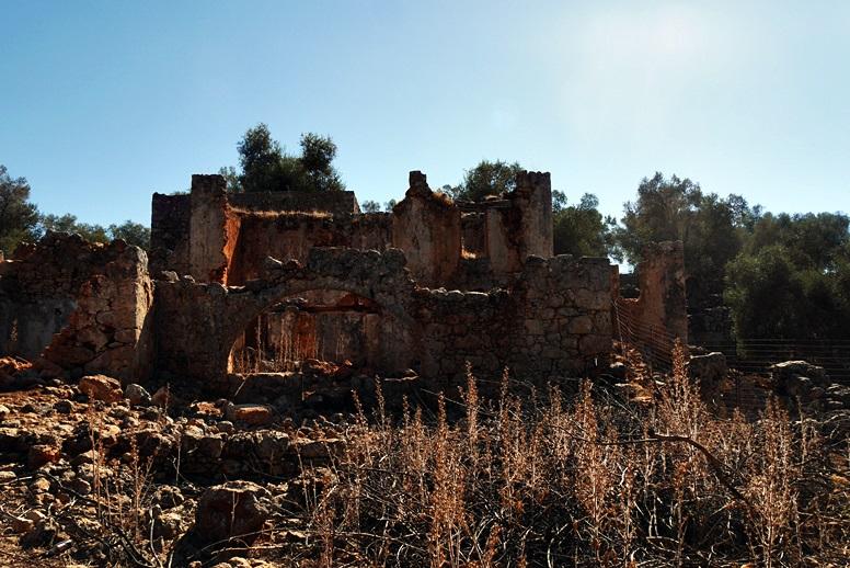 Wandern auf Kreta: Abstieg in die Aradena Schlucht