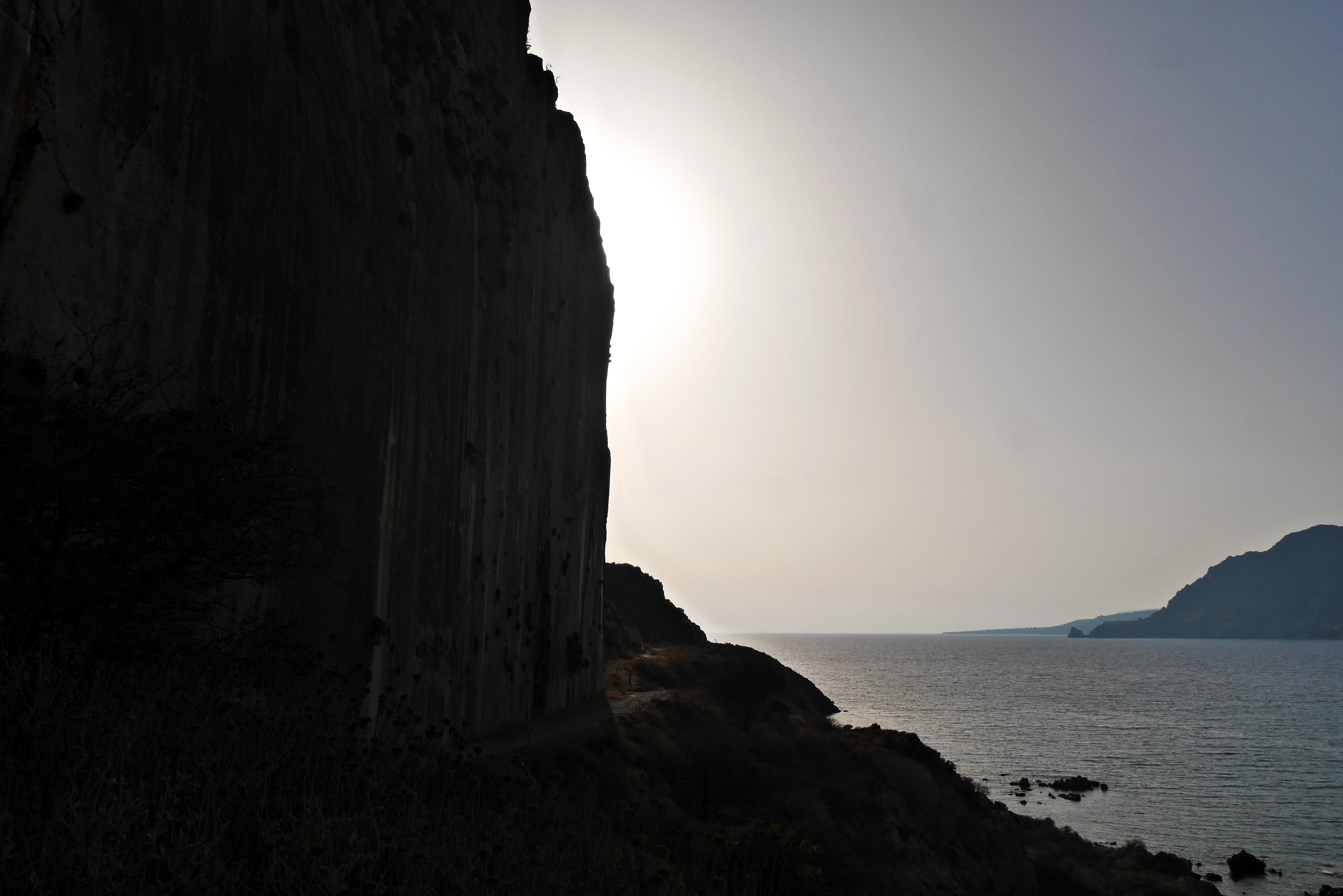 3-plakias-hausberg-steilwand