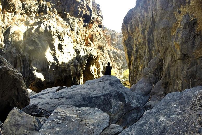 Wandern auf Kreta: Ausblick in der Schlucht auf dem Weg zum Preveli Strand