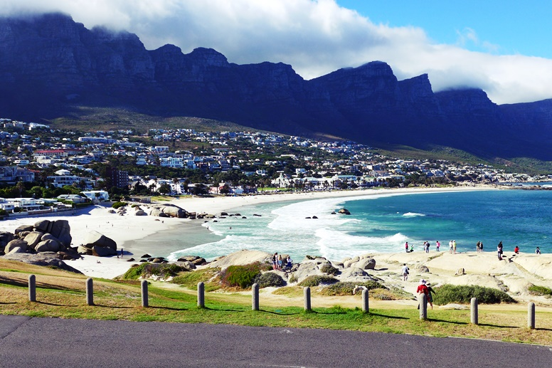 Camps Bay kann man in Südafrika erleben