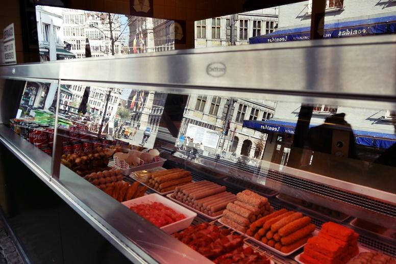 Auswahl in einer Frituur in Antwerpen