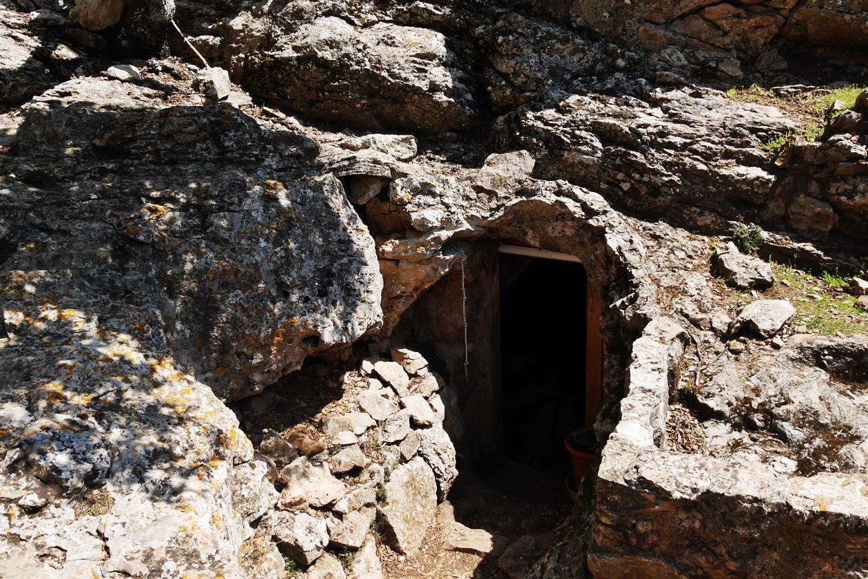 Höhle des Eremit auf der 4.Etappe des GR221