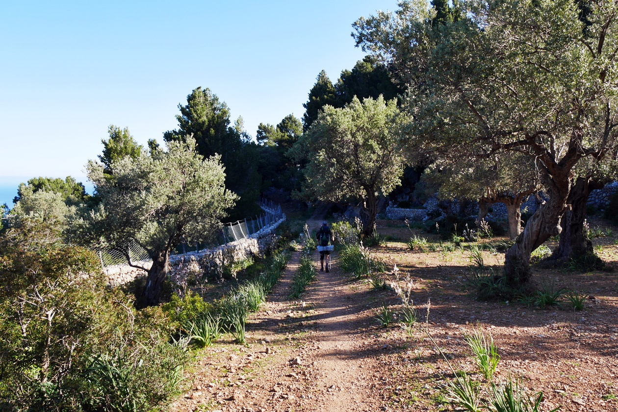 Wanderer auf der 3.Etappe des GR221