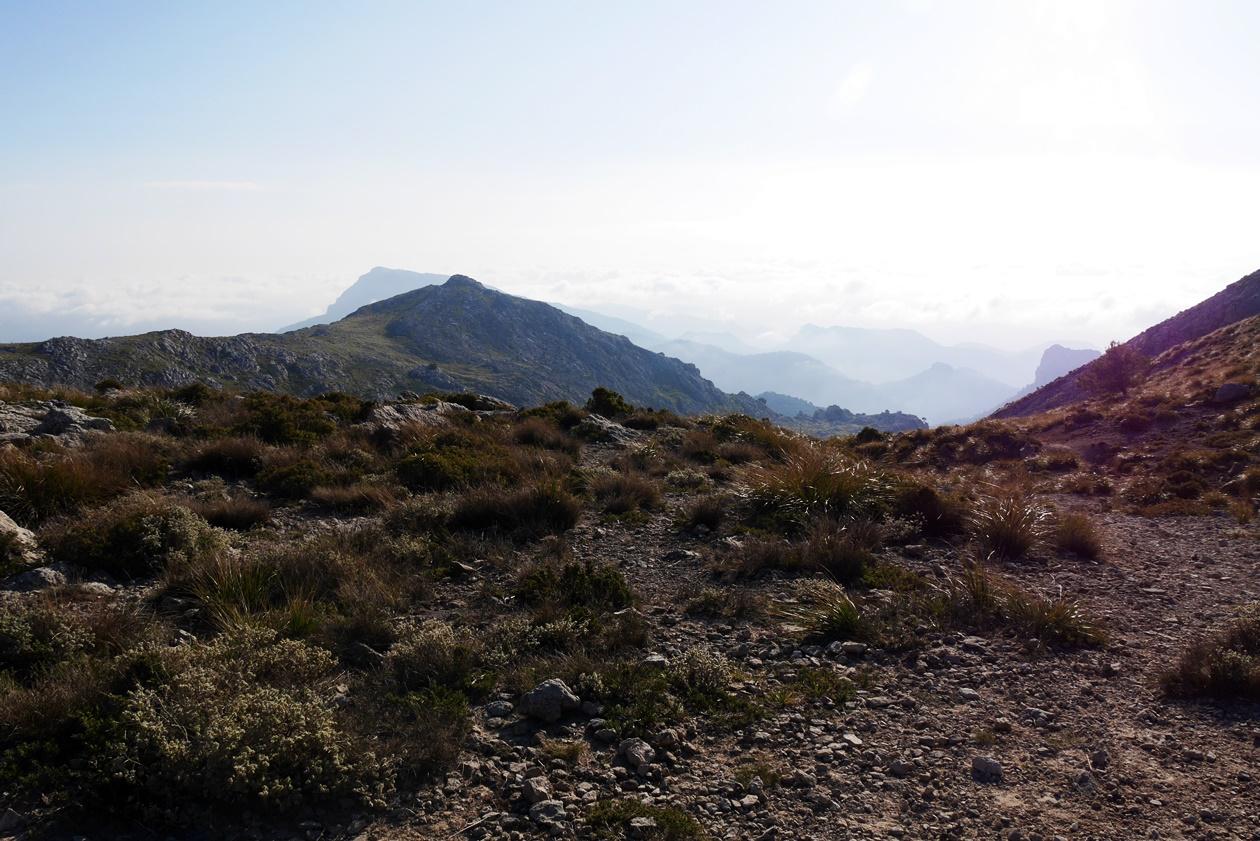 Aussicht auf dem Coll des Prat auf der 6.Etappe des GR221