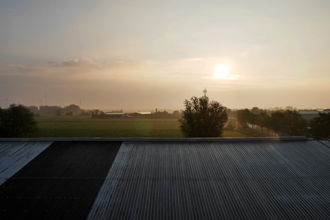 Sonnenaufgang im Novum Hotel Hinte beim Urlaub mit Oma