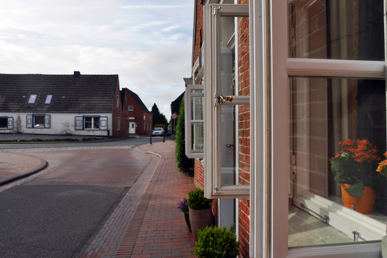 Details im Ort Hinte in Ostfriesland beim Urlaub mit Oma