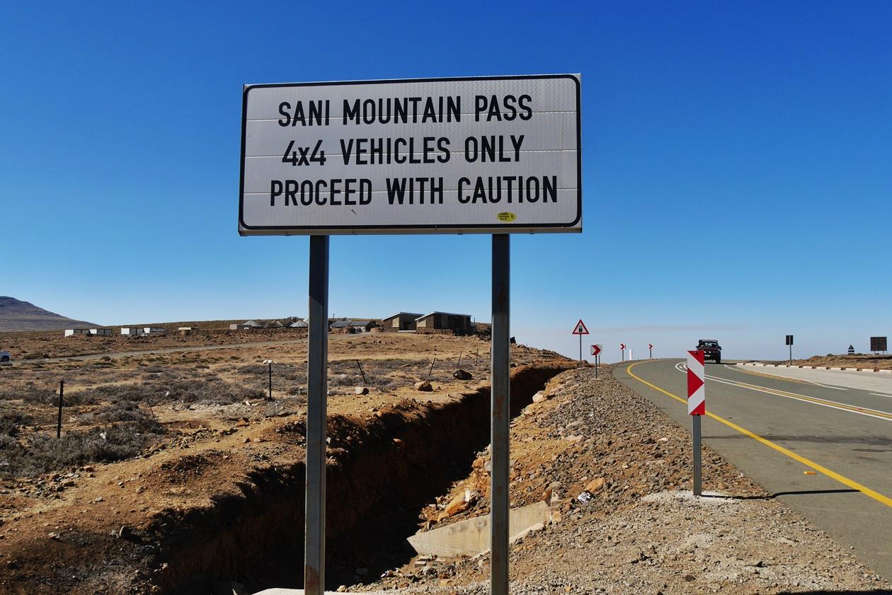 Schild am Sani Pass