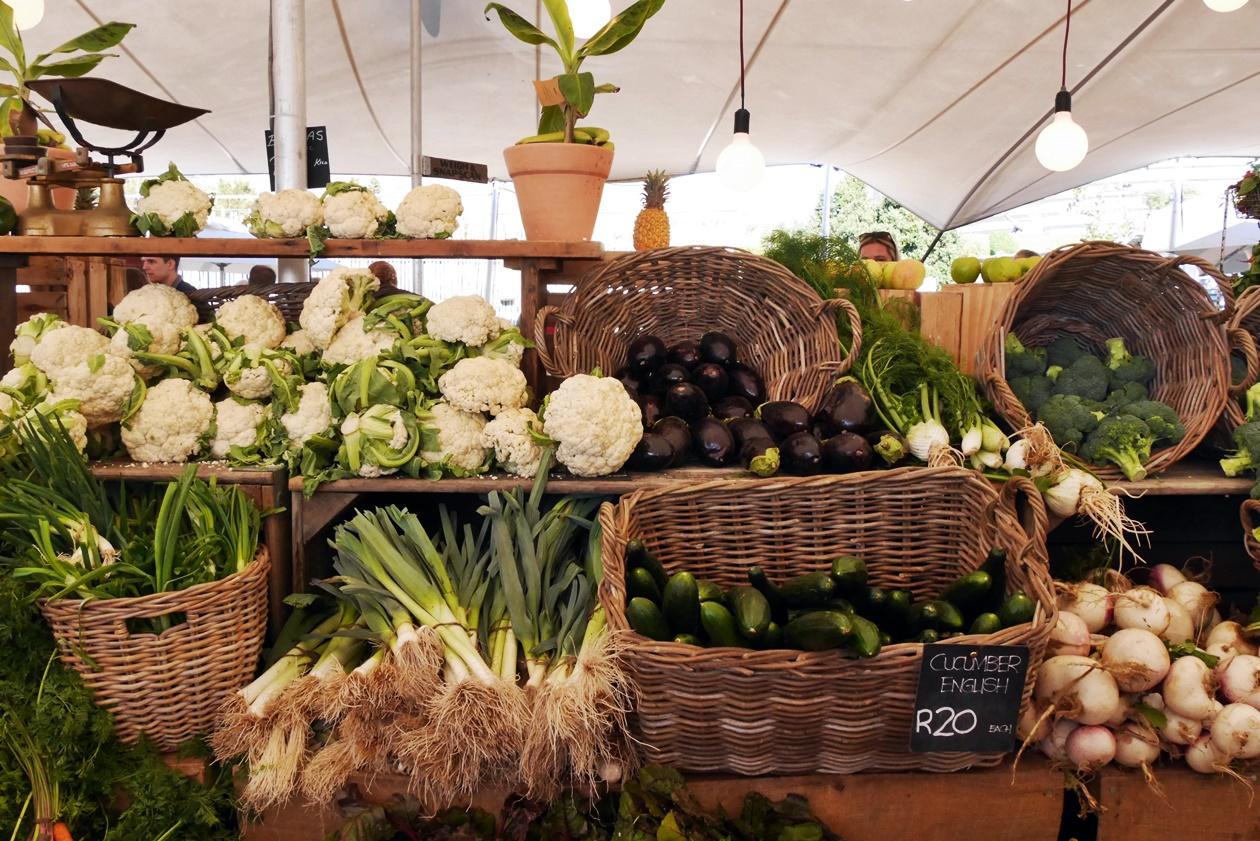 Am Wochenende in Kapstadt finden zahlreiche Foodmarkets statt, sowie hier der Oranjezicht City Farm Markt