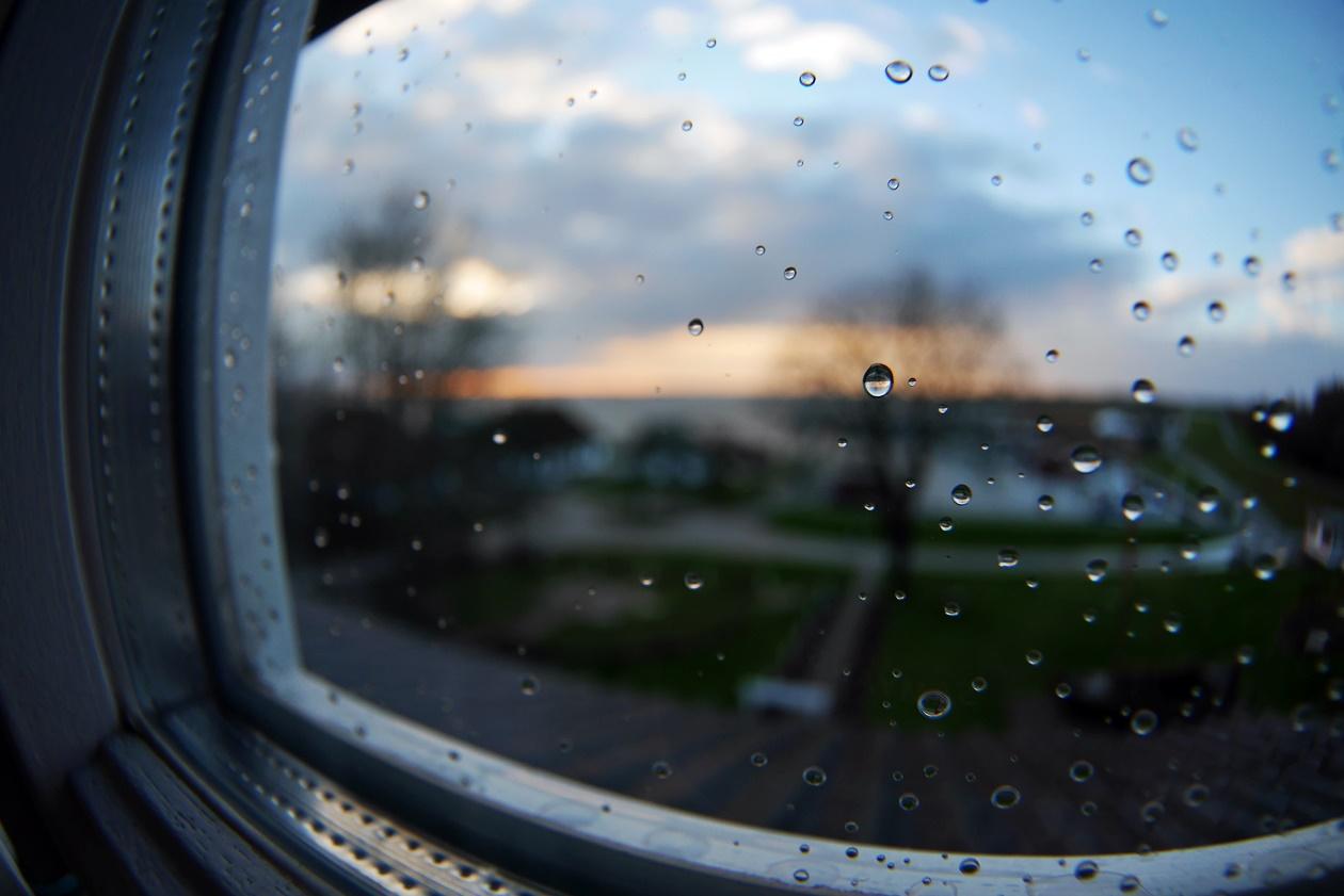 Blick auf den Hafen von Kloster auf Hiddensee aus meinem Hotelzimmer