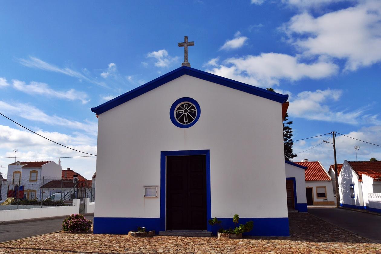 Kirche in Almograve entlang des Fisherman´s Trail