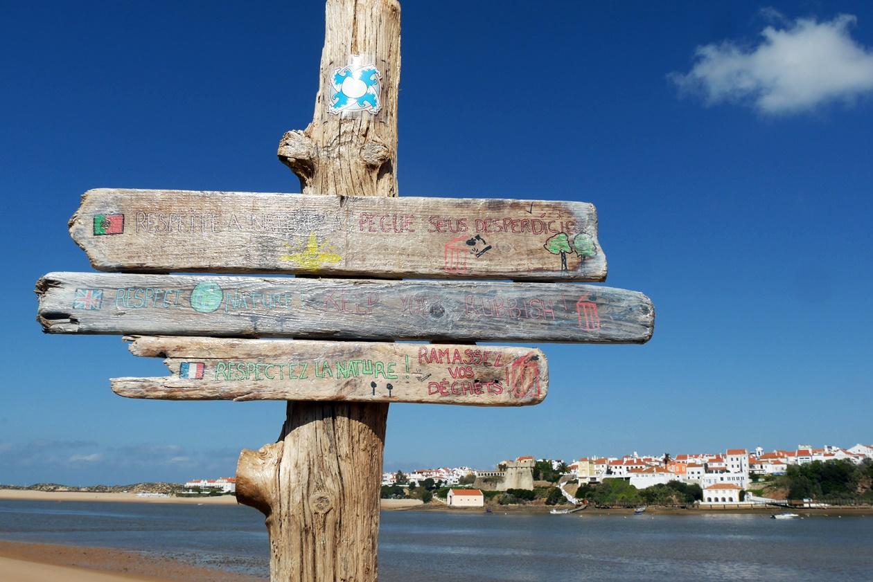 Blick auf Vila Nova de Milfontes auf der zweiten Etappe des Fisherman´s Trail
