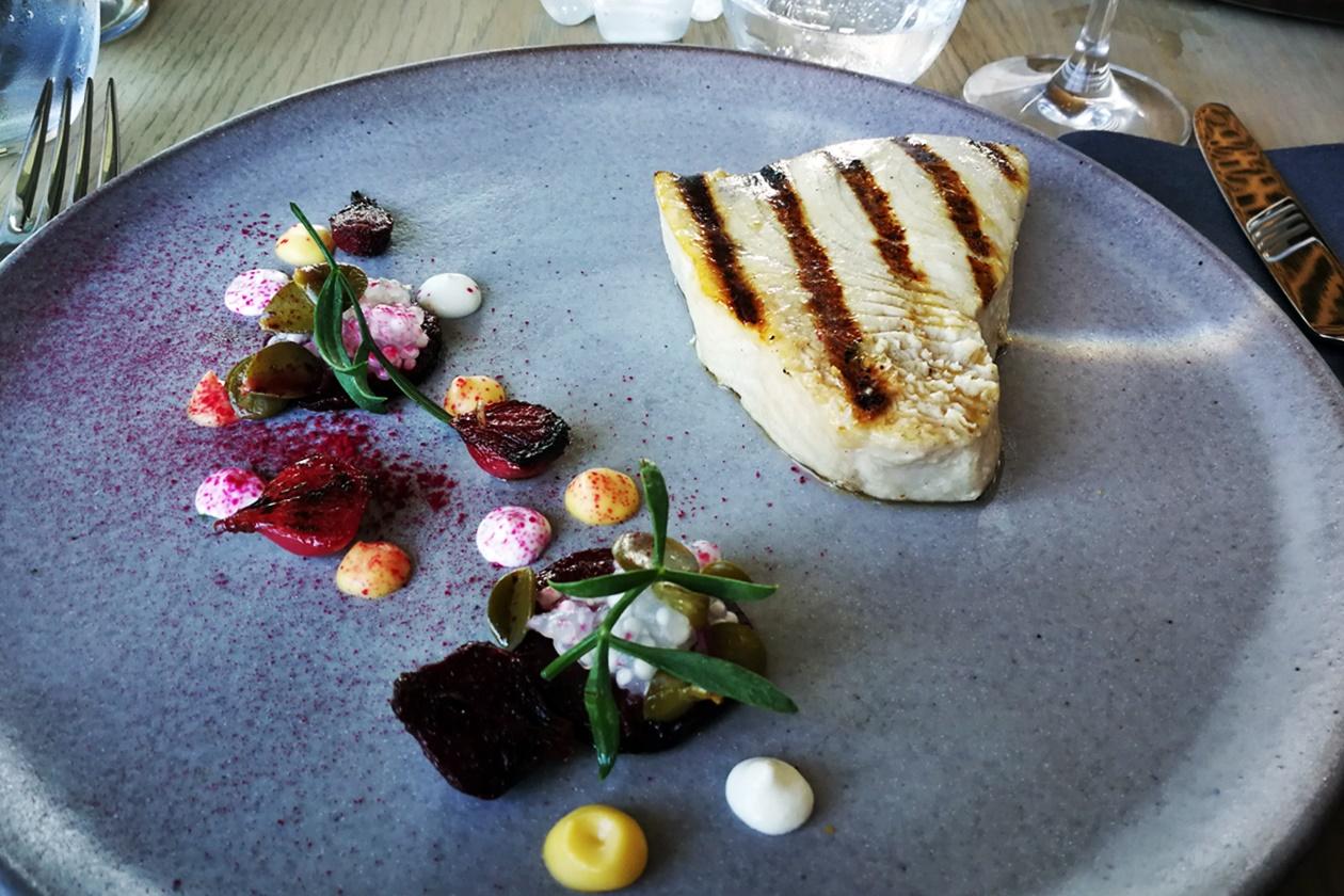 Essen im Skotnes Restaurant in der Norval Foundation in Kapstadt
