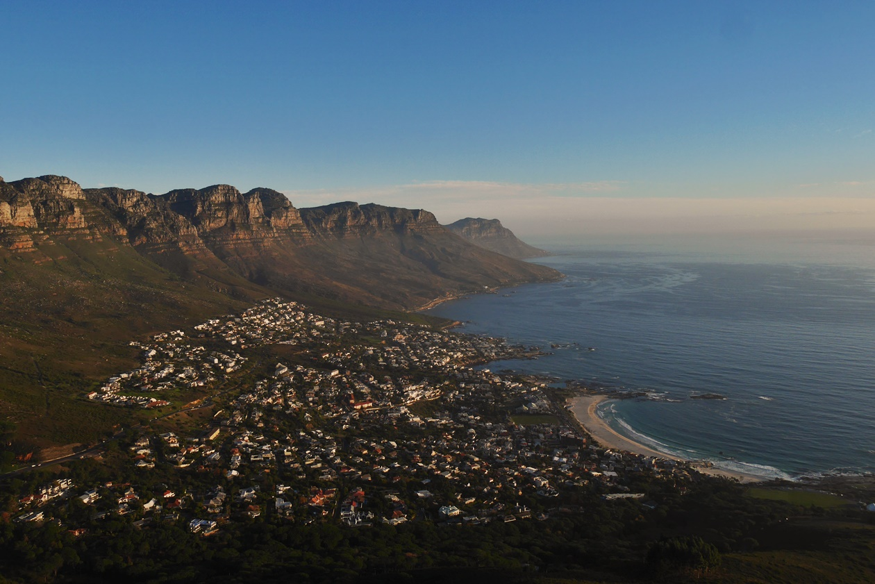 Sonnenuntergang vom Lions Head in Kapstadt