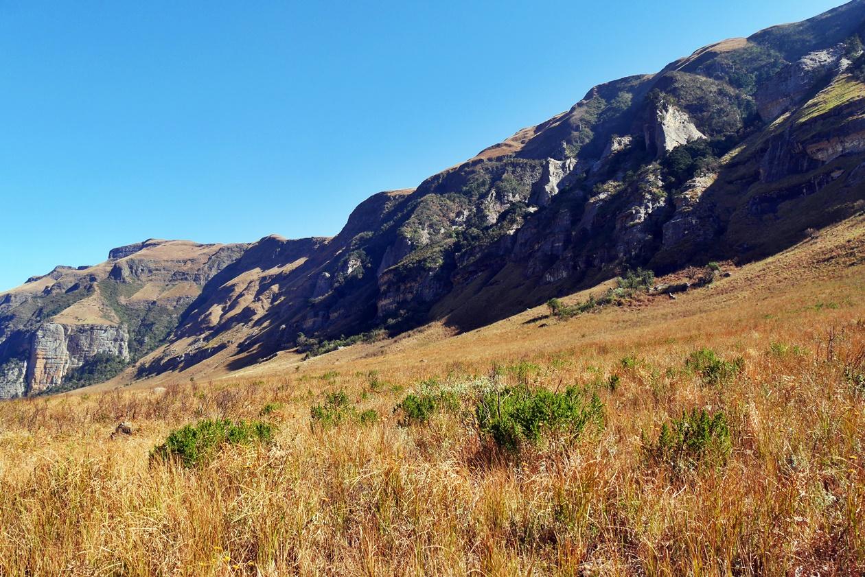 Felsmassive der Drakensberge in Südafrika