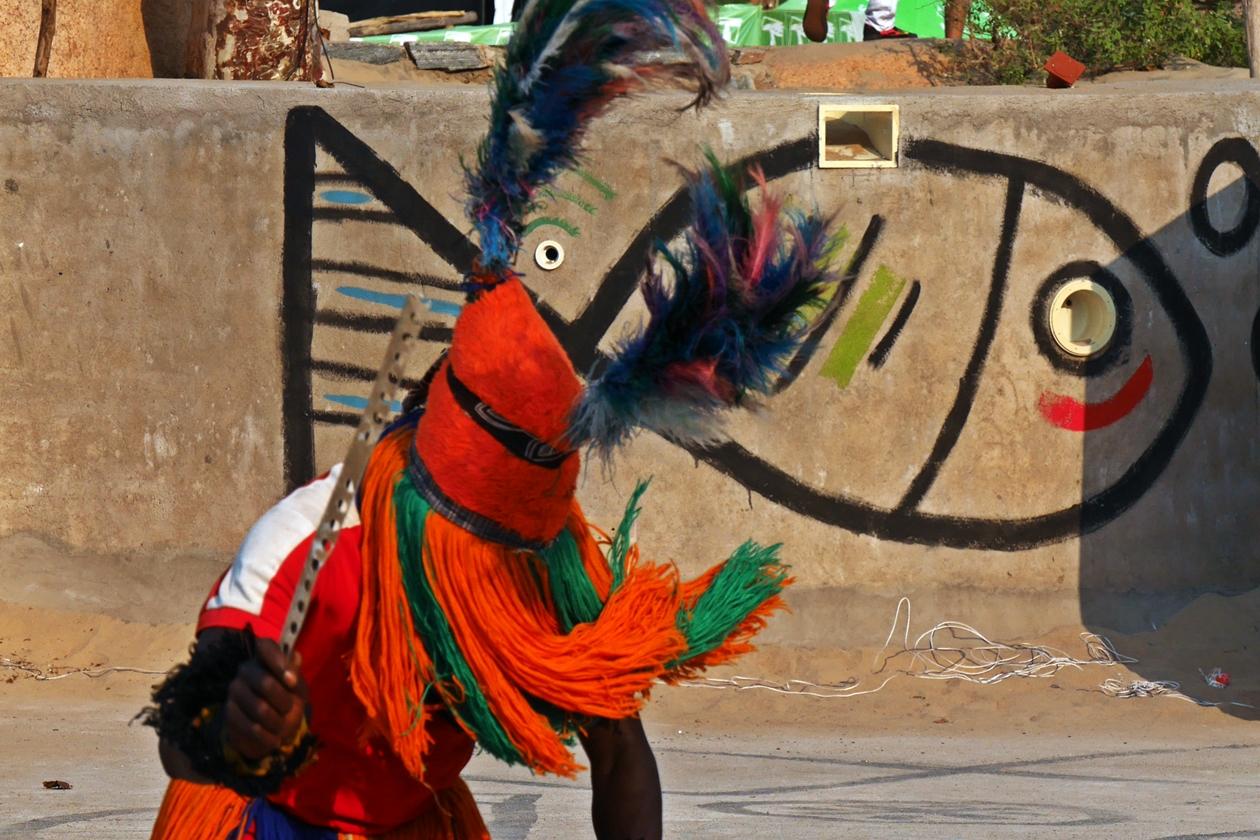 Gule Wamkulu Tänzer in Malawi