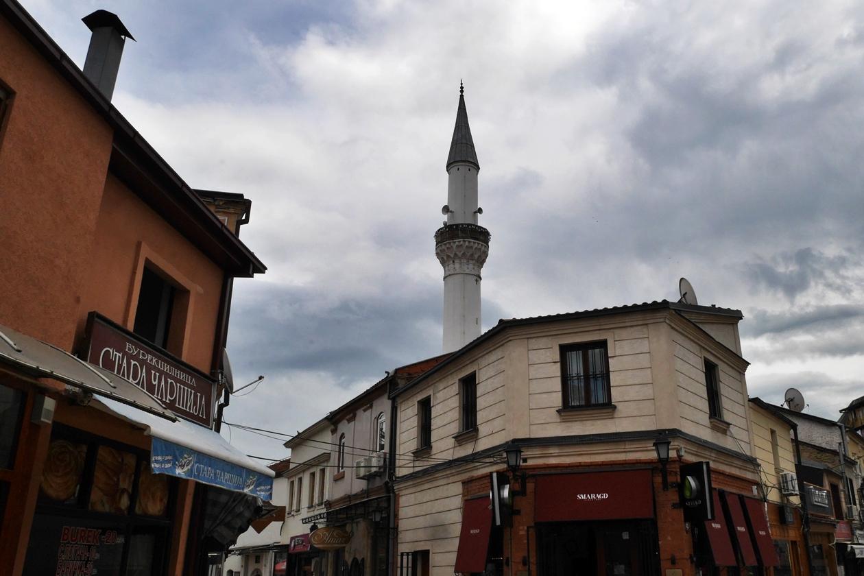 Moschee im alten Basar von Skopje