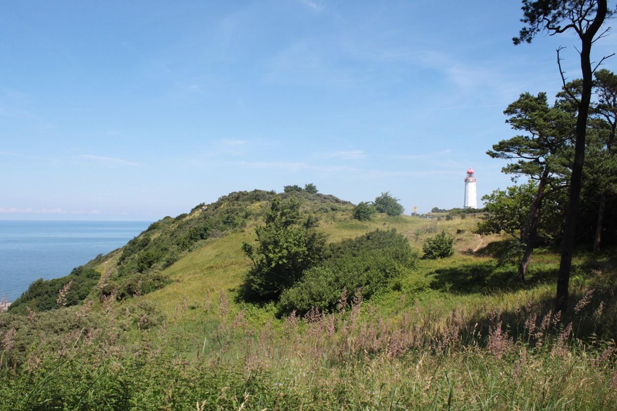 Leuchtturm von Hiddensee, den man bei einem Urlaub in Mecklenburg-Vorpommern nicht verpassen sollte