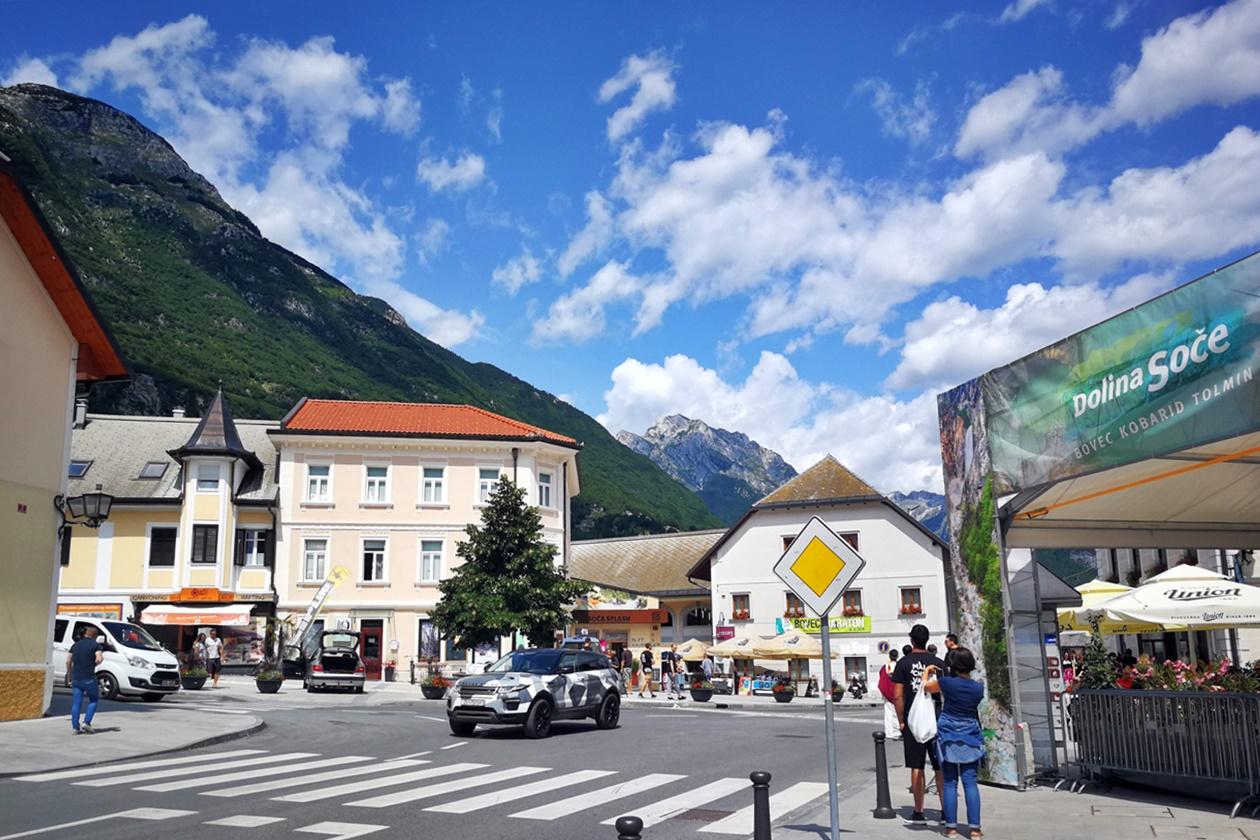 Innenstadt von Bovec in Slowenien