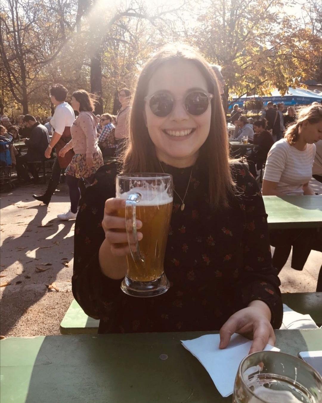 Bier in einem Münchener Biergarten