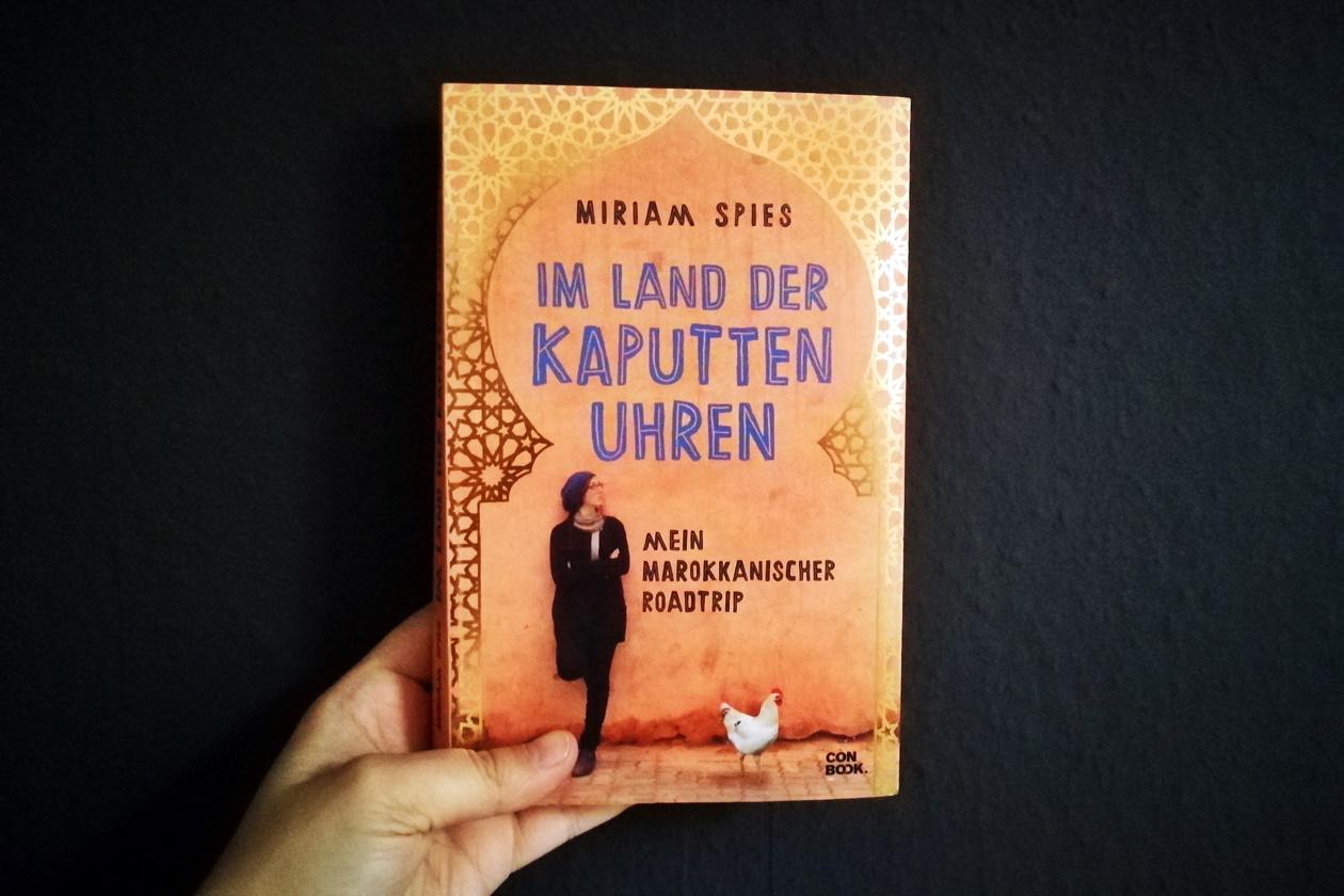 Cover des Buches Im Land der kaputten Uhren von Miriam Spies