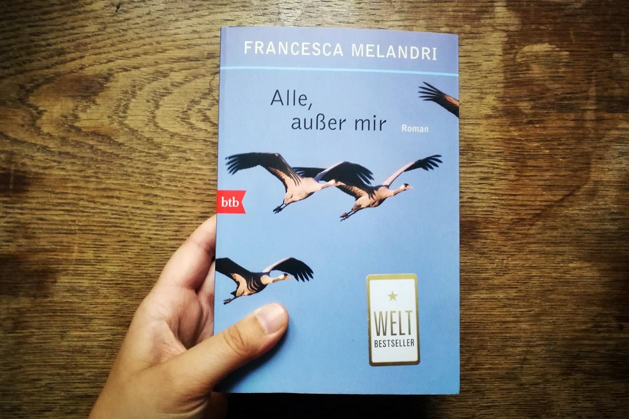 Cover des Buches Alle, außer mir von Francesca Melandri